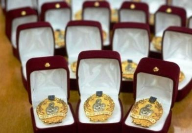 Вісім жінок із Сумщини отримали почесне звання «Мати-героїня»