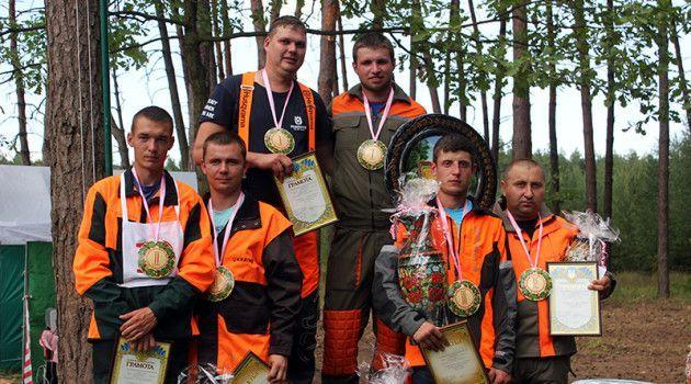 Працівник Свеського лісгоспу - переможець обласних змагань вальників лісу