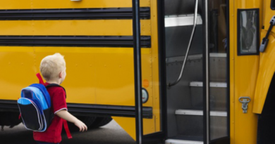 Пенсіонерам за віком та школярам повернули пільги для проїзду в комунальному транспорті Сум
